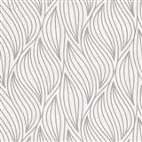 Vliesové tapety IMPOL Carat 2 listy stříbrné na krémovém metalickém podkladu
