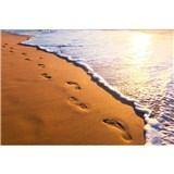 Vliesové fototapety stopy na pobřeží rozměr 375 cm x 250 cm