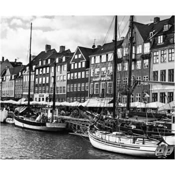 Luxusní vliesové fototapety Copenhagen - černobílé, rozměr 325,5 cm x 270 cm