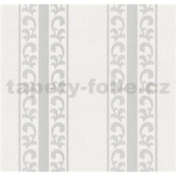 Vliesové tapety na zeď malý zámecký vzor stříbrný v pruzích