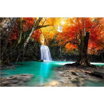 Vliesové fototapety lesní vodopád rozměr 375 cm x 250 cm