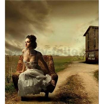 Vliesové fototapety dívka v křesle rozměr 225 cm x 250 cm