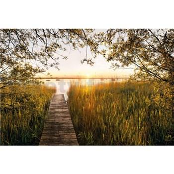 Vliesové fototapety u jezera rozměr 368 cm x 248 cm