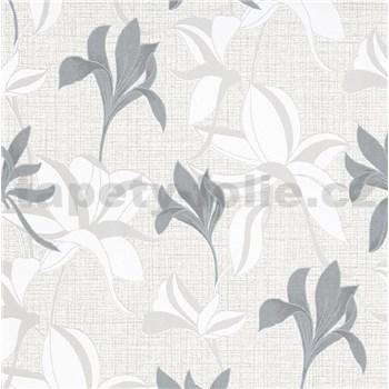 Vliesové tapety na zeď IMPOL Luna2 květy stříbrno-bílé na textilním podkladu se stříbrnou nití