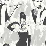 Tapety na zeď Young Spirit - Audrey Hepburn v černé
