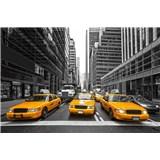 Vliesové fototapety žluté taxíky rozměr 375 cm x 250 cm