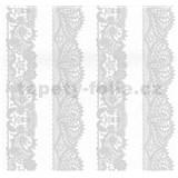 Vliesové tapety na zeď Glamour krajka stříbrná na bílém podkladu