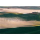 Vliesové fototapety kopce v mlze rozměr 368 cm x 254 cm